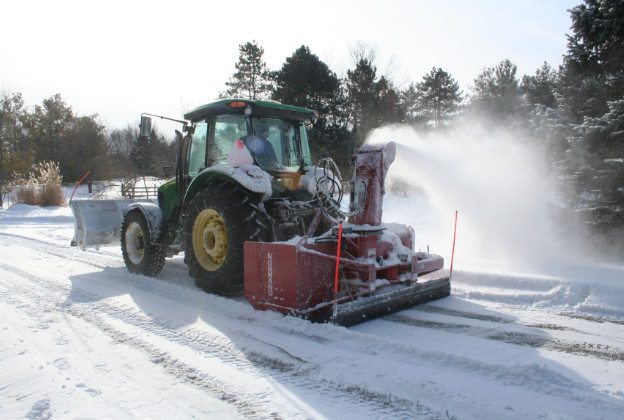 snow removal services in grand rapids